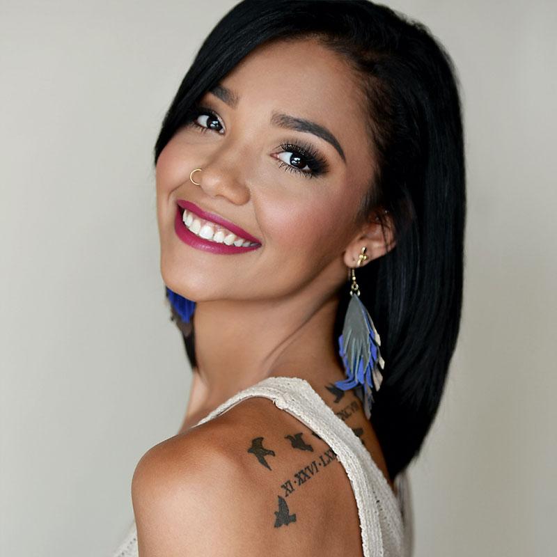 Asia Williams - Level 4 Stylist