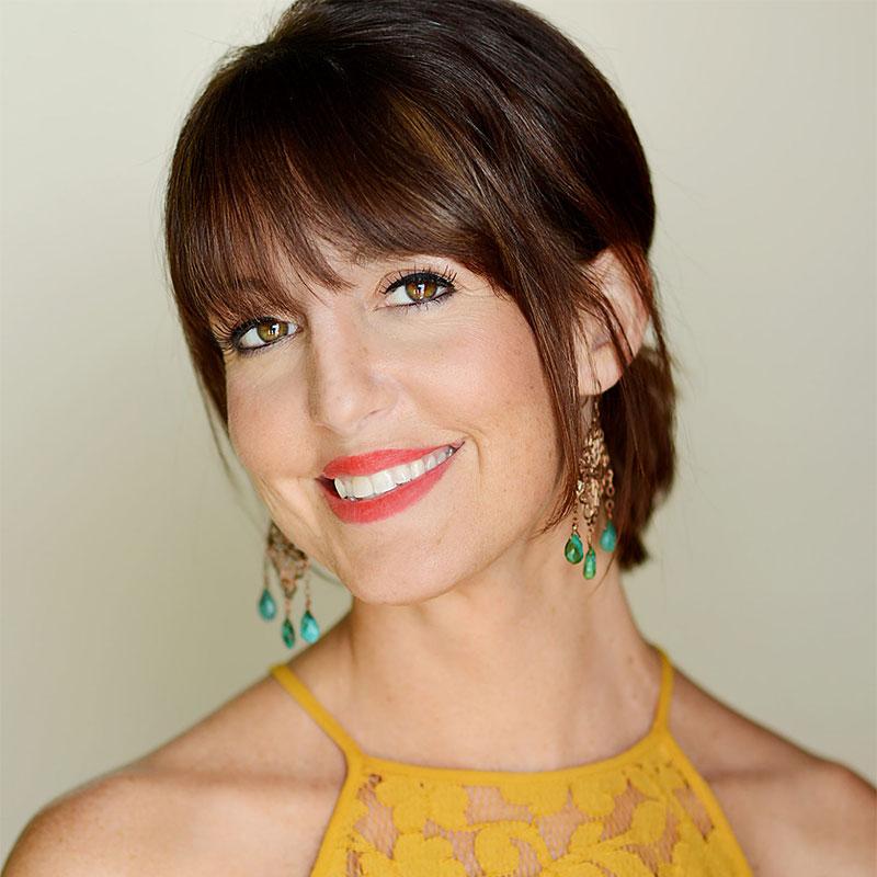 Deanna McPeake - Leader, Educator and Level 5 Stylist