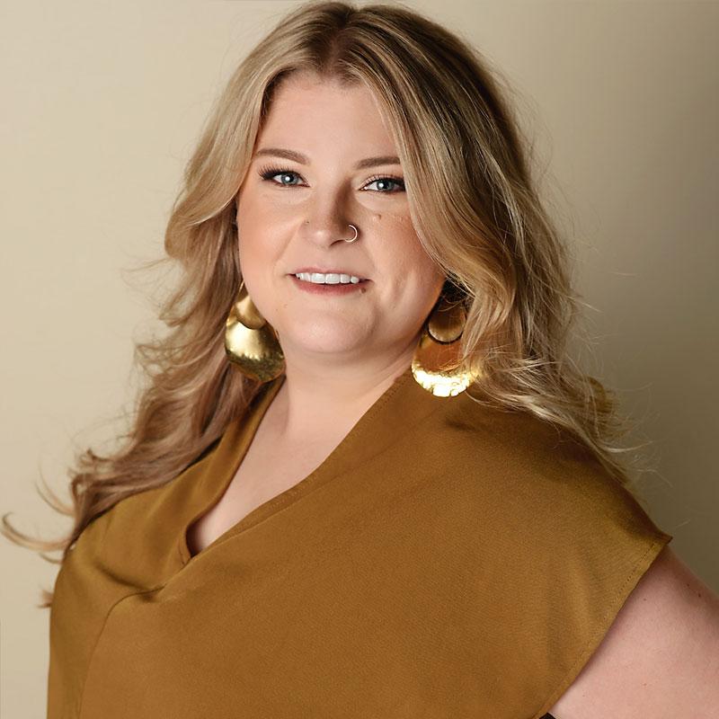 Sara Taggart - Team Leader, Educator and Level 5 Stylist